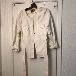 Short button up jacket